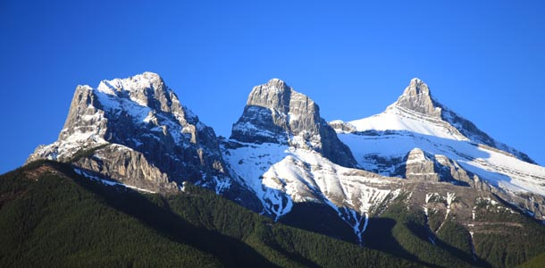 610x300.canmore.opener