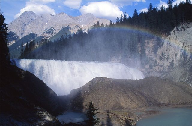 Located on the Kicking Horse River near the western edge of Yoho National Park, Wapta Falls is one of the largest falls by water volume in the Canadian Rockies.