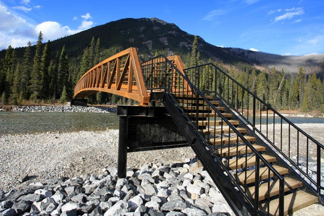 A new bridge across the Vermilion River in Kootenay Park reinstates the preferred route to the Paint Pots and the north end of the Rockwall Trail.